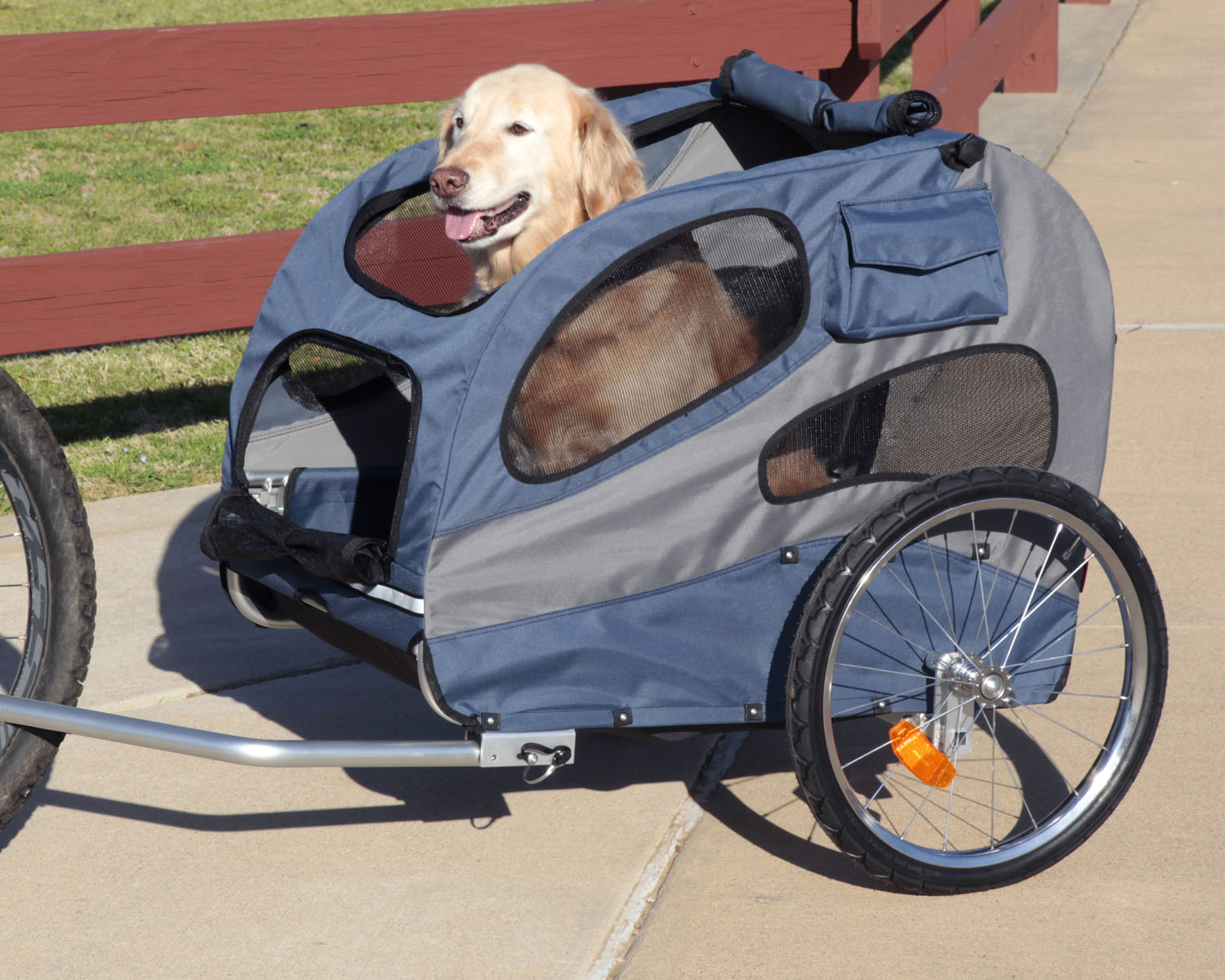 Solvit HoundAbout II Aluminum Pet Bicycle Trailer Large Thumbnail Image 2