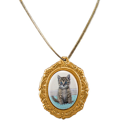 Pet Photo Porcelain Oval Locket (Click for Larger Image)